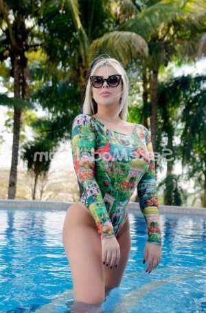 Smina escorte girl rencontre salope massage naturiste